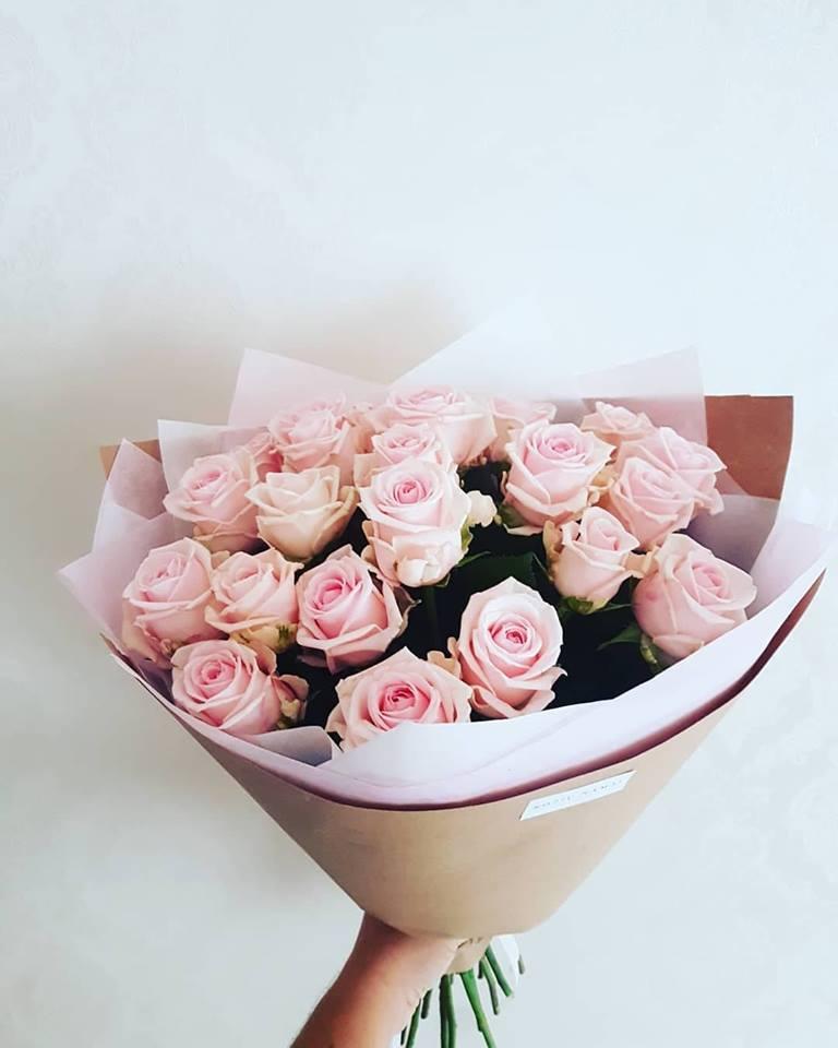 Švelniai rožinių rožių puokštė / 25 vnt.