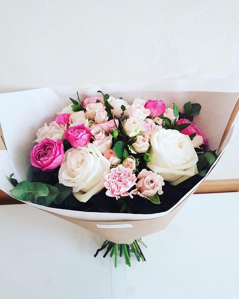 Įvairių gėlių puokštė / S dydis paveikslelis
