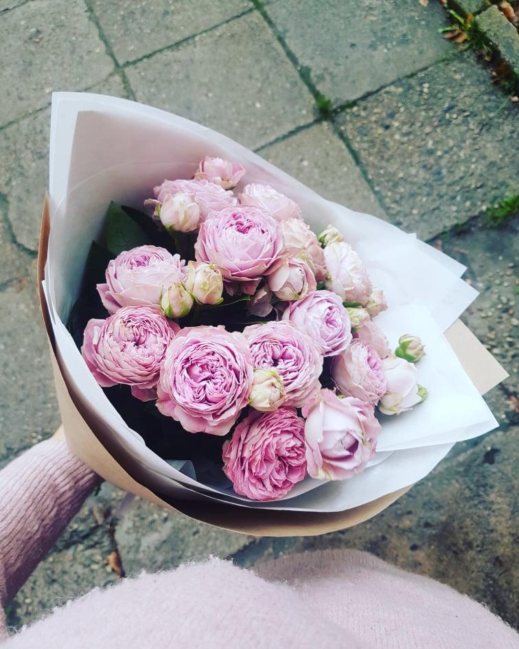 Bijūninių rožių puokštė 15vnt. / Blossom bubbles
