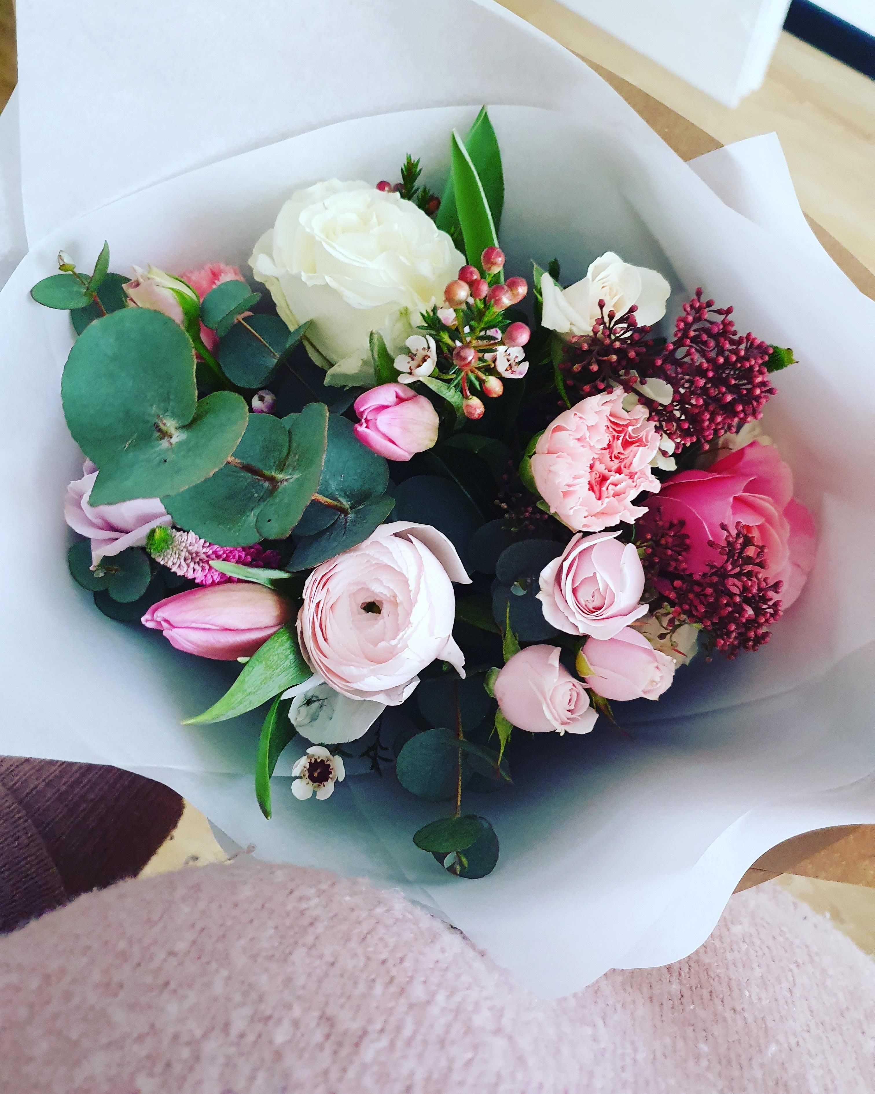Įvairių gėlių puokštė/ XS dydis paveikslelis