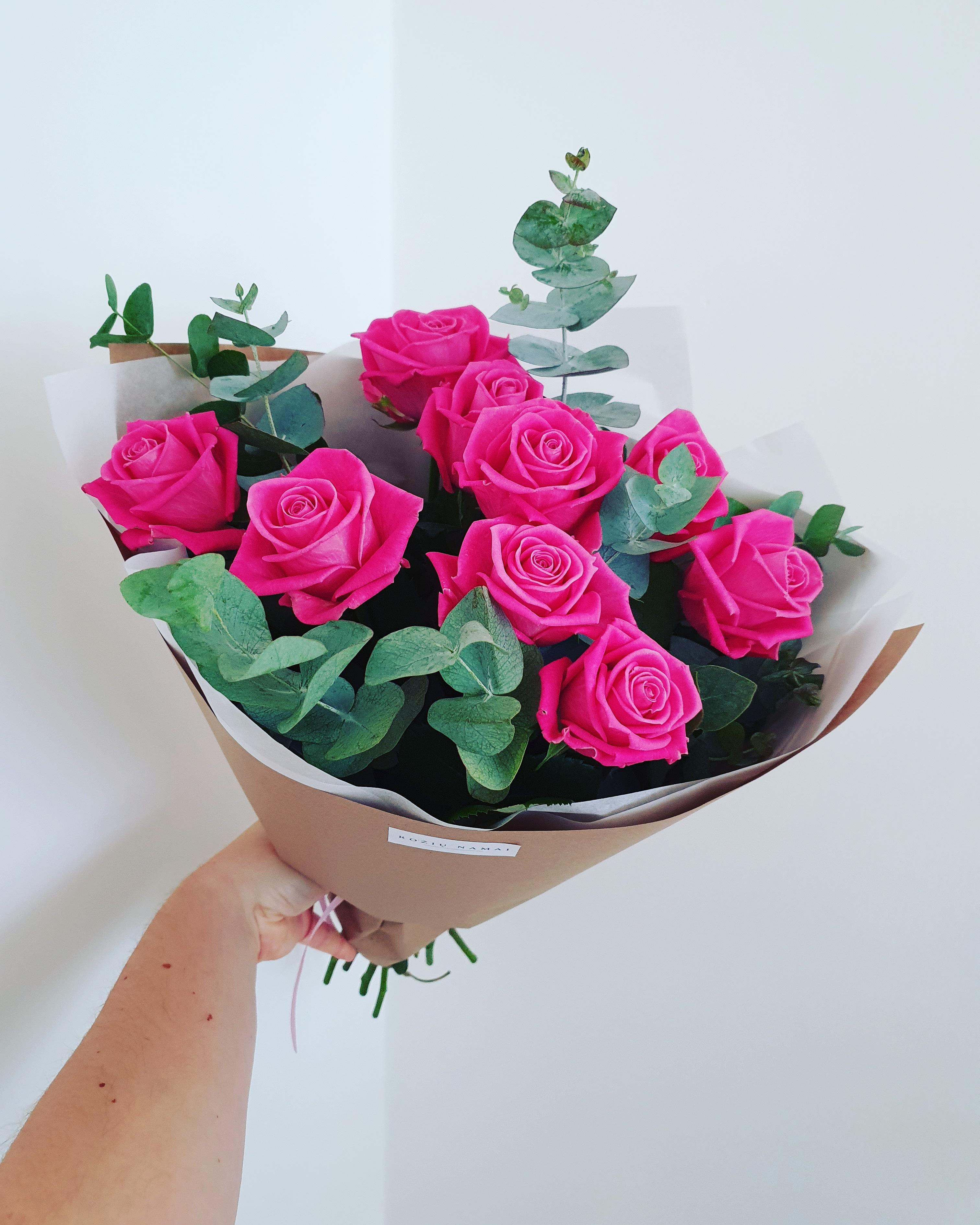 Rožinės rožės 9 vnt.