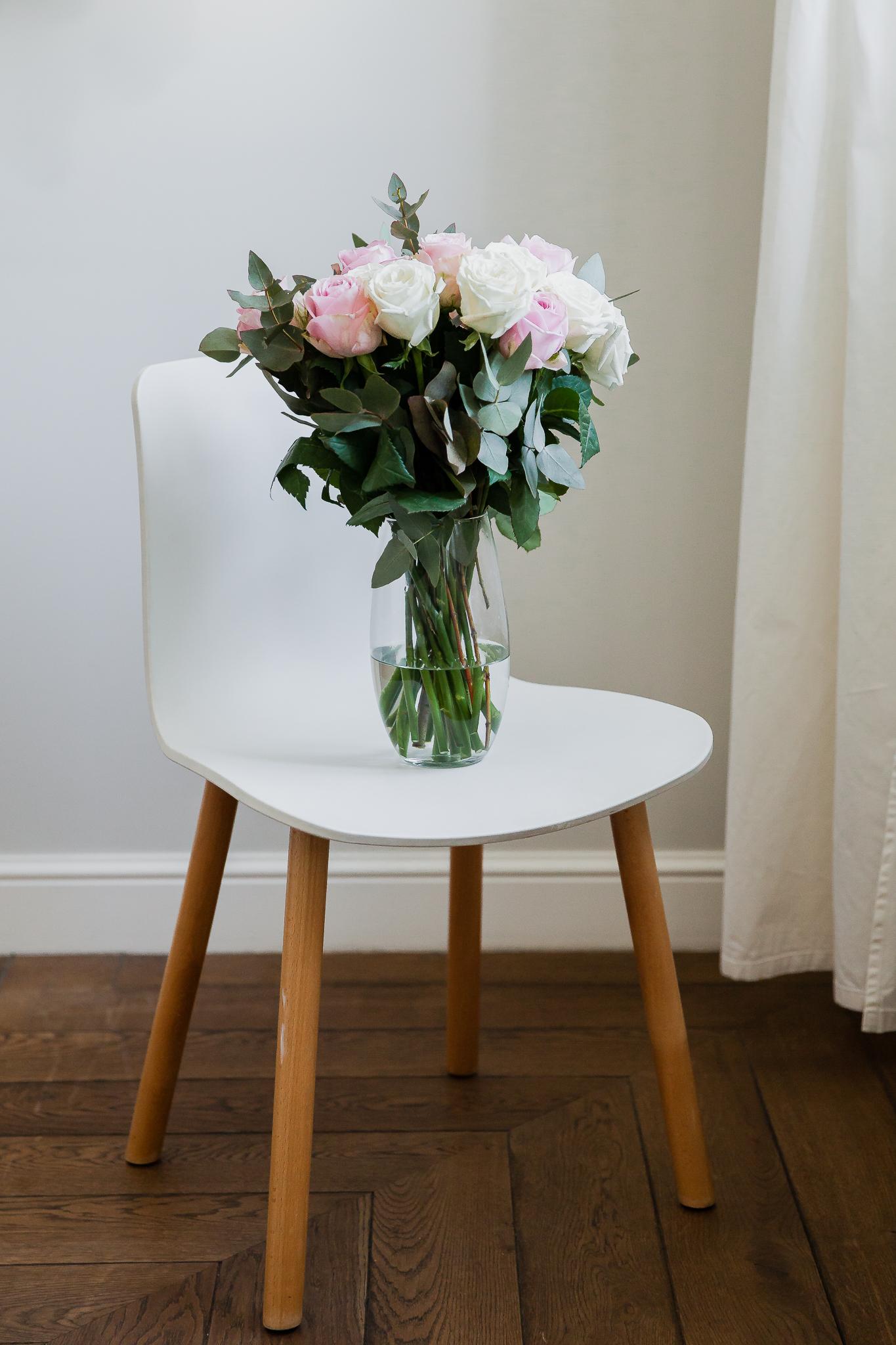 Rožinės ir baltos rožės 19vnt. paveikslelis